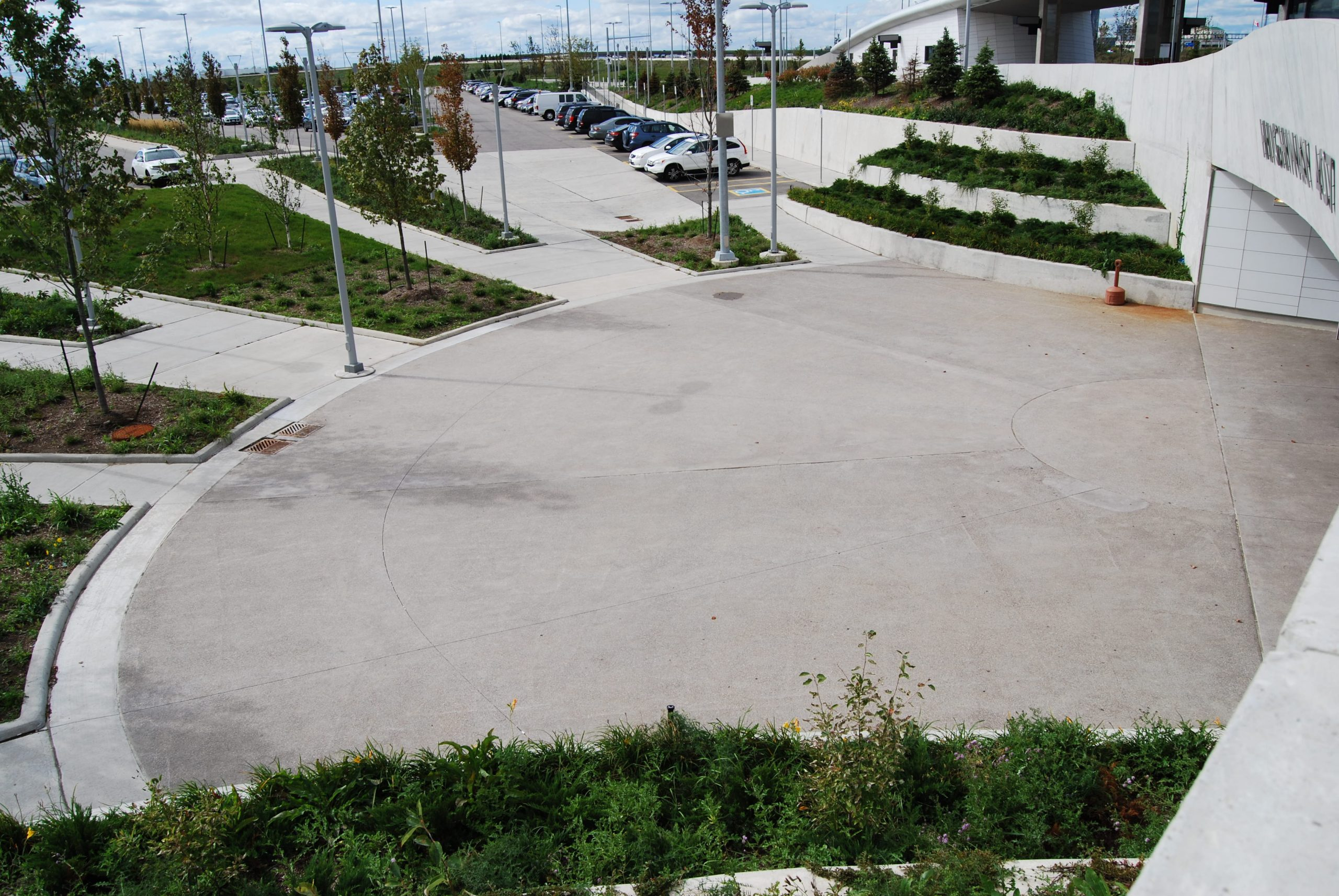 commercial uses for stamped concrete include driveways and walkways